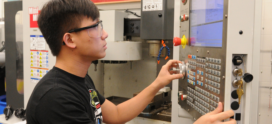 Manufacturing Technology student